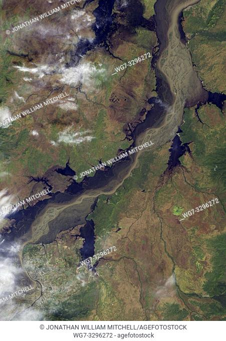 EARTH China/Russia -- 27 Sep 2013 -- Satellite image of the Amur River ( Heilong Jiang in Chinese ) flows unfettered from Mongolia to China to Russia (forming...
