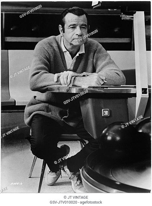 Walter Matthau, on-set of the Film, Pete and Tillie, Universal Pictures, 1972