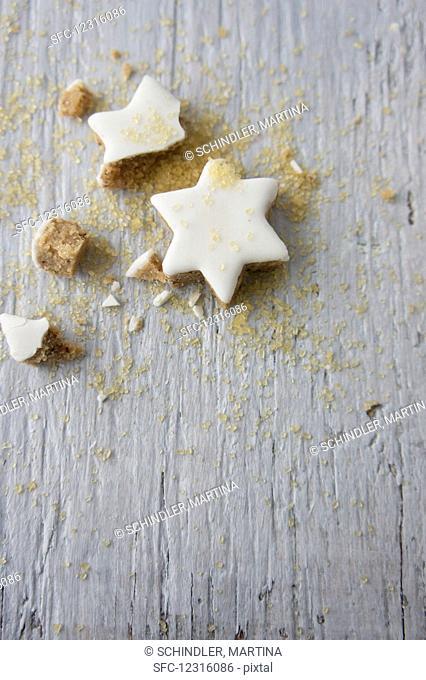 Cinnamon stars and scattered sugar