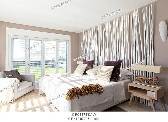 Sunlight in modern bedroom