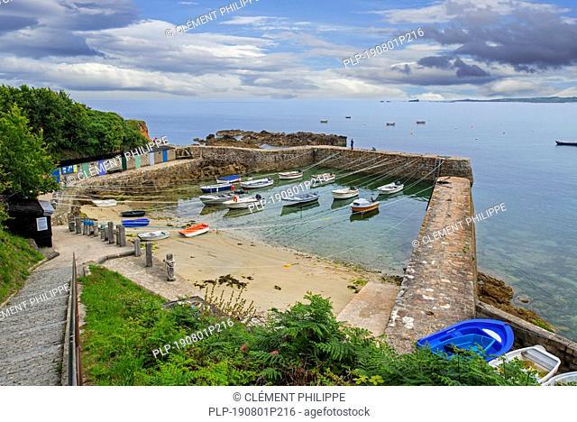 Port Racine, France's smallest harbour at Saint-Germain-des-Vaux, La Hague, Manche, Cotentin, Lower Normandy