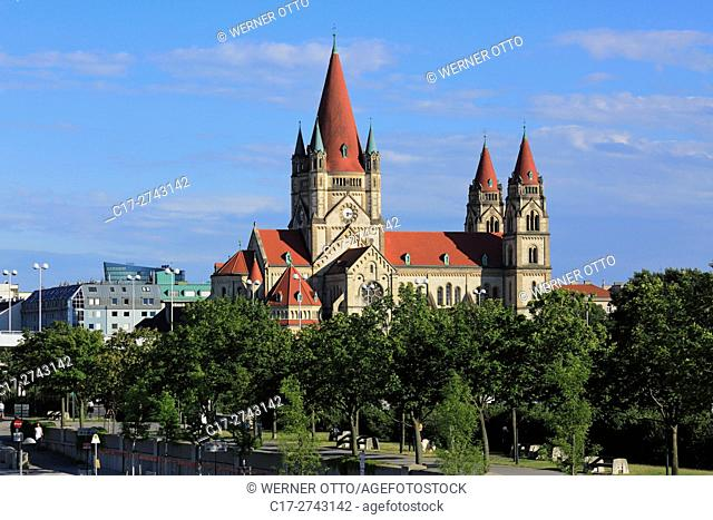 Austria, A-Vienna, Danube, Federal Capital, Wien-Leopoldstadt, St. Francis of Assisi Church at the Mexico Square, catholic church, Romanesque