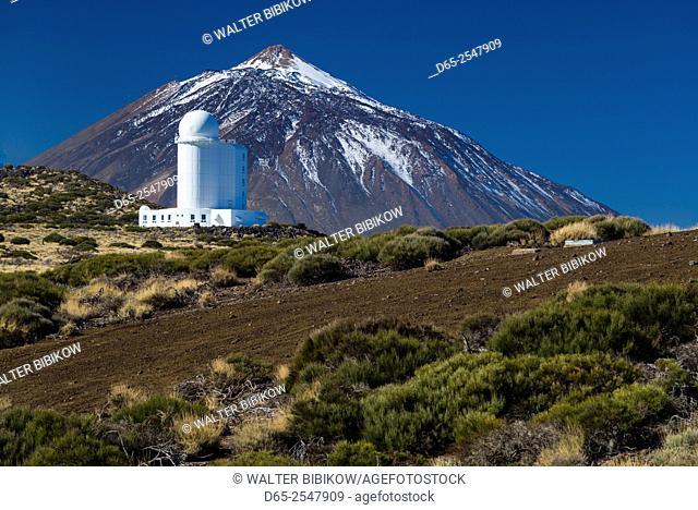 Spain, Canary Islands, Tenerife, Parque Nacional de Corona Forestal, Observatorio Astronomico de Izana, astronomical observatory and Pice del Teide