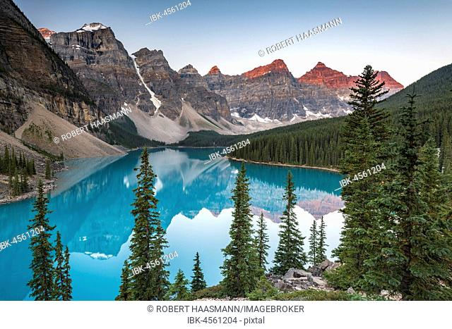 Moraine Lake, morning atmosphere, Valley of the ten peaks, Canadian Rocky Mountains, Banff National Park, Alberta, Canada