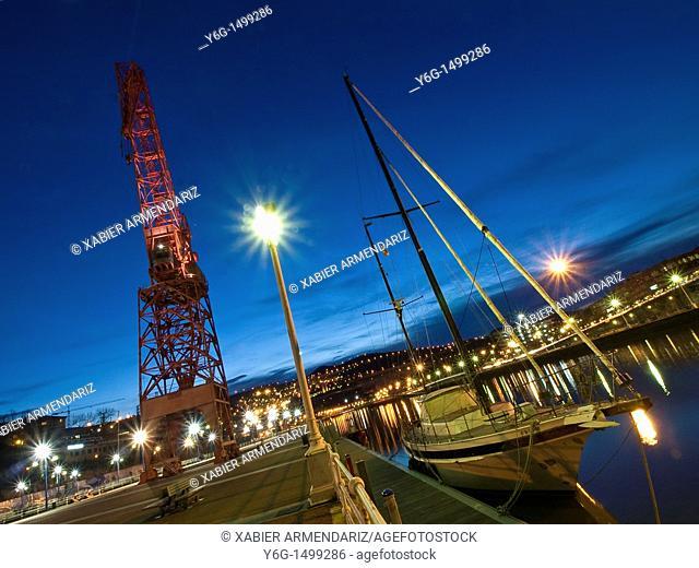 Estuary and river port of Bilbao and old port crane, Bilbao, Basque Country, Esukadi, Spain