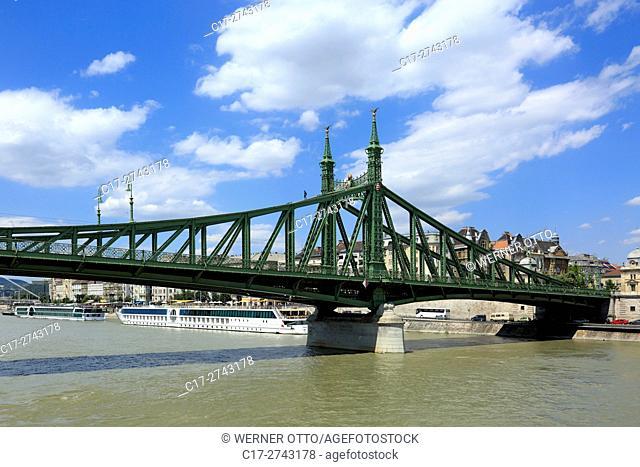 Hungary, Central Hungary, Budapest, Danube, Capital City, Liberty Bridge, Donau bridge between Buda and Pest, art nouveau, UNESCO World Heritage Site