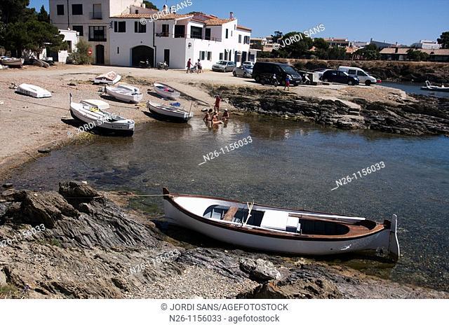 S'Aranella beach, Cadaques, Alt Emporda, Girona province, Catalonia, Spain