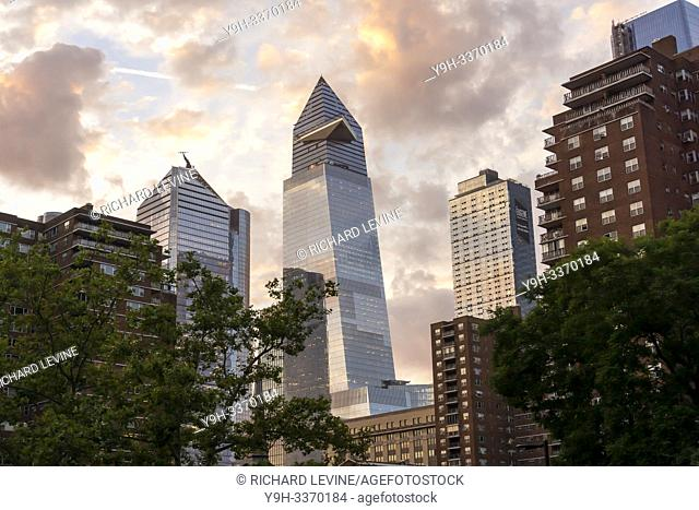 The Hudson Yards development in New York is framed by the Penn South cooperative apartment buildings on Tuesday, June 25, 2019. (© Richard B. Levine)