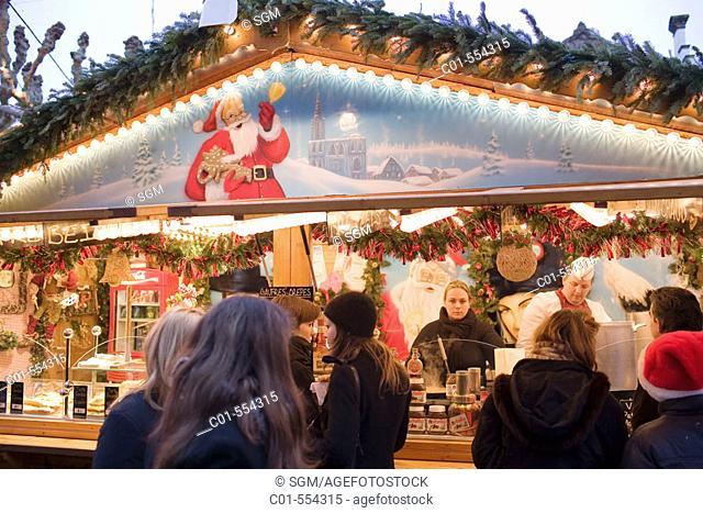 Christmas market, Strasbourg. Alsace, France