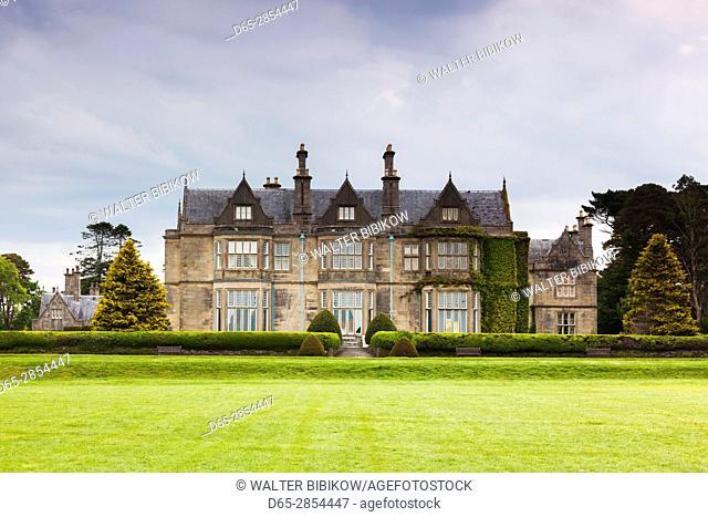Ireland, County Kerry, Ring of Kerry, Killarney, Muckross House