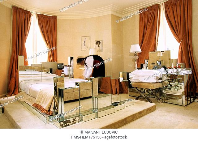 France, Paris, l' Hôtel, rue des Beaux Arts, Mistinguett bedroom with her own furniture