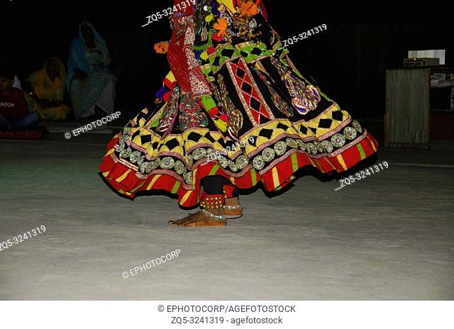 JAISALMER, RAJASTHAN, INDIA, November 2018, People enjoying folk dance performance, Sam sand dunes