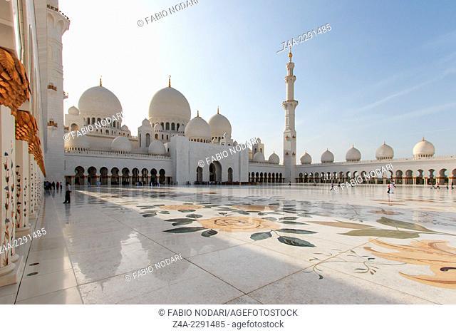Sheikh Zayed mosque in Abu-Dhabi, UAE