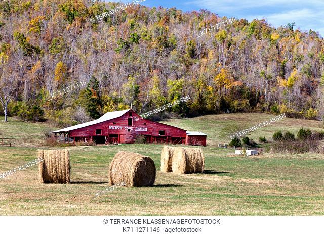 A barn at Riley's Cove Ranch in rural Arkansas, USA