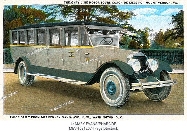 Gray Line Motor Tour Coach de Luxe, Washington DC, USA. Starting from Pennsylvania Avenue twice daily, it took tourists to see Mount Vernon (Washington's home...