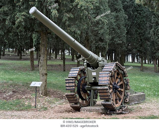 Cannon 149-35, Park of Remembrance, Open Air Museum World War I on the Colle Sant'Elia hill, Isonzo, Redipuglia, Gorizia, Friuli-Venezia Giulia, Italy