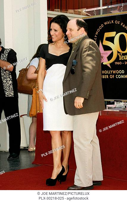 Julia Louis-Dreyfus and Jason Alexander at the Hollywood Chamber of Commerce ceremony to honor her with the 2,407th Star on the Hollywood Walk of Fame on...