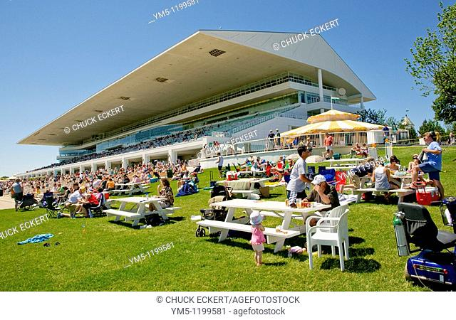 Arlington Park Racetrack Clubhouse and picnic area