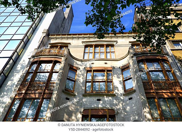 front facadel - Art Nouveau Solvay Hotel by Victor Horta, together with three other town houses of Victor Horta, including Horta's own house and atelier