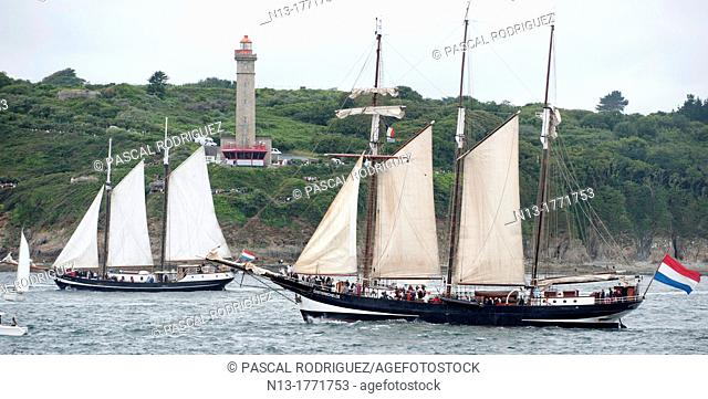 Sailing on the world's largest wooden ship, the Gotheborg, from Brest to Douarnenez, France, during the Tonnerres de Brest 2012 - International maritime...