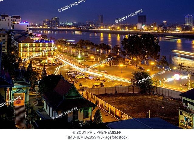 Cambodia, Phnom Penh, Sisowath riverside, along the Bassac river