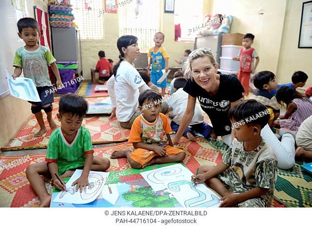 """EXCLUSIVE - UNICEFAmbassador and presentor Nina Ruge visits the street children project Mith Samlanh (""""""""Friends"""""""" in English)"""