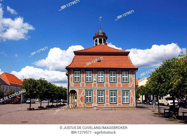 Historic town hall at the market place in the old town of Boizenburg at river Elbe, district of Ludwigslust, Mecklenburg-Western-Pomerania, Germany, Europe