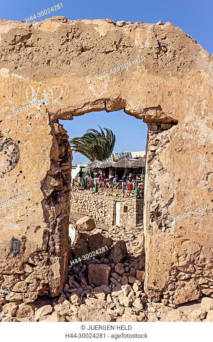 Playa de Papagayo, Ruins, Beach Bar, Lanzarote, Canary Islands, Spain