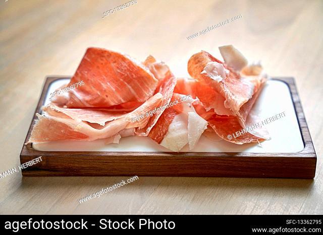 Cured ham, sliced