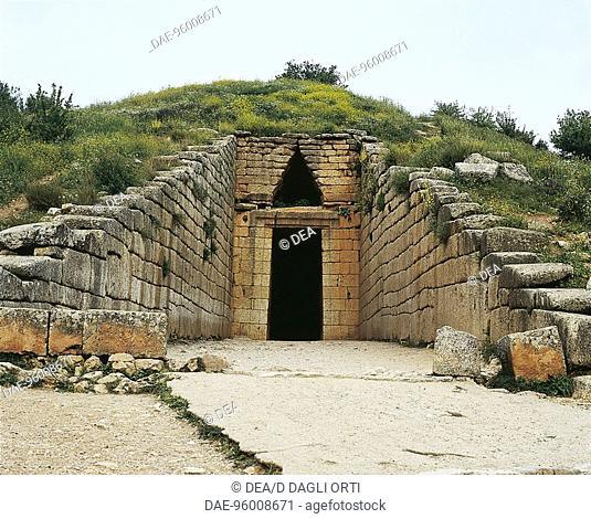 Greece - Peloponnesus - Mycenae (UNESCO World Heritage Site, 1999). Treasury of Atreus or Tomb of Agamemnon (14th-12th century b.C.)