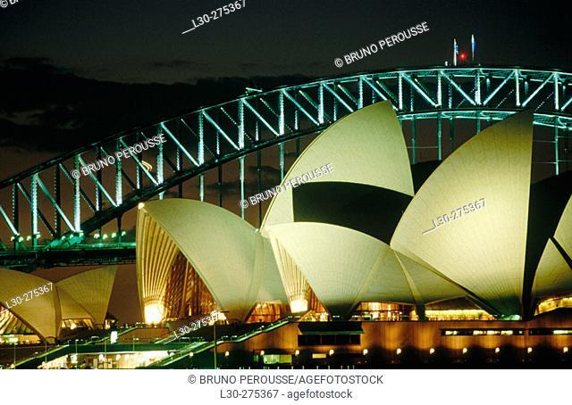 Sydney Opera House and Harbour Bridge. Sydney. Astalia