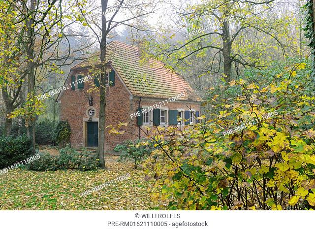 Forester's house, Benedictine monastery in Dinklage castle, Dinklage, Vechta district, Oldenburger Münsterland, Lower Saxony, Germany / Forsthaus