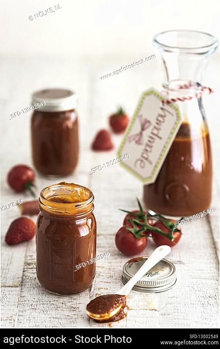 Rhubarb and strawberry ketchup with tomatoes