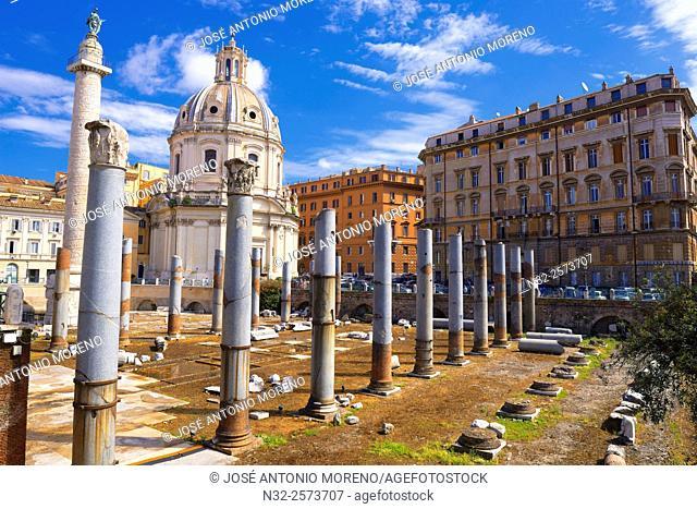 Trajan's Forum, Foro di traiano, Santa Marâ. . a di Loreto Church, Roman Forum, Rome, Lazio, Italy, Europe