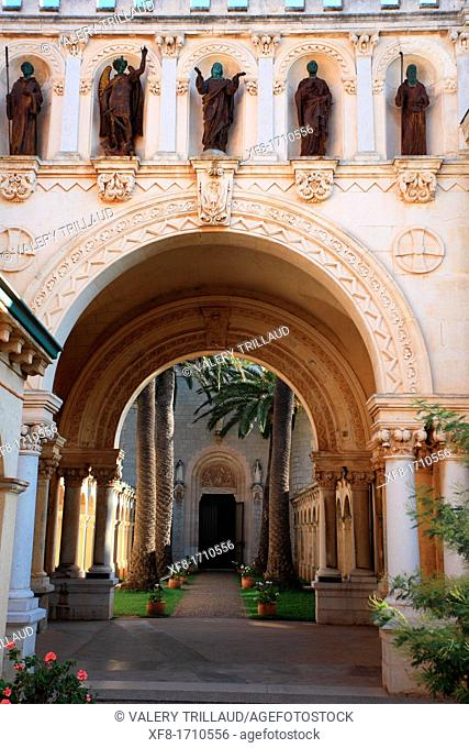 The monastery of the Saint Honorat island near Cannes, Alpes-Maritimes, French riviera, Provence-Alpes-Côte d'Azur, France