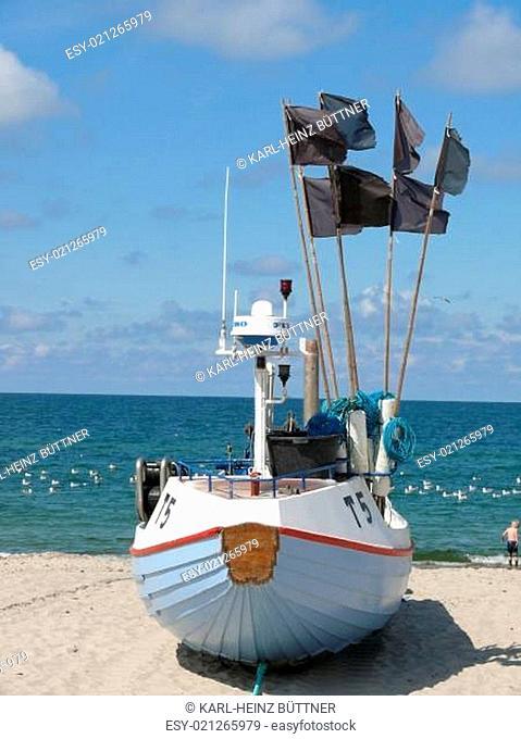 Fischerboot am Strand von Norre Vorupor