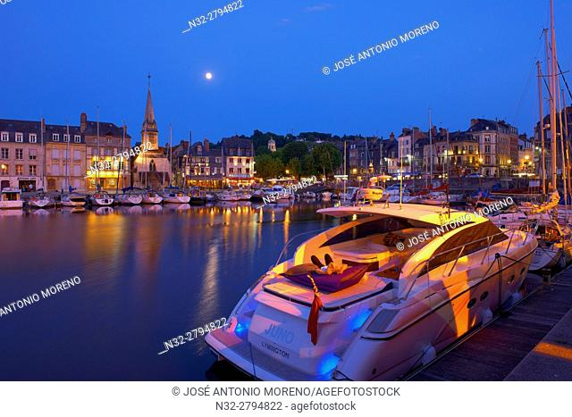 Honfleur, Dusk, Vieux Bassin, Old Harbour. Calvados, Normandy, France