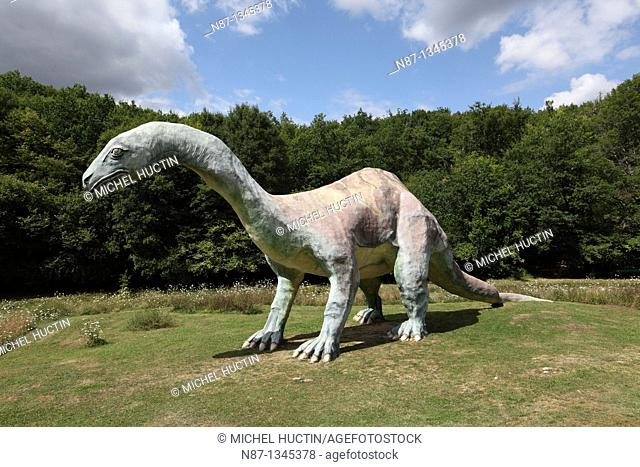 cetiosaure the park Cardoland, prehistoric animals, herbivore, family of sauropod dinosaurs lived there at the time of the Middle Jurassic