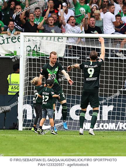 firo: 17.08.2019 Football, Football: 1. Bundesliga, season 2019/2020 VfL Wolfsburg - FC Cologne Koeln VfL Wout Weghorst, VfL Maximilian Arnold, final jubilation