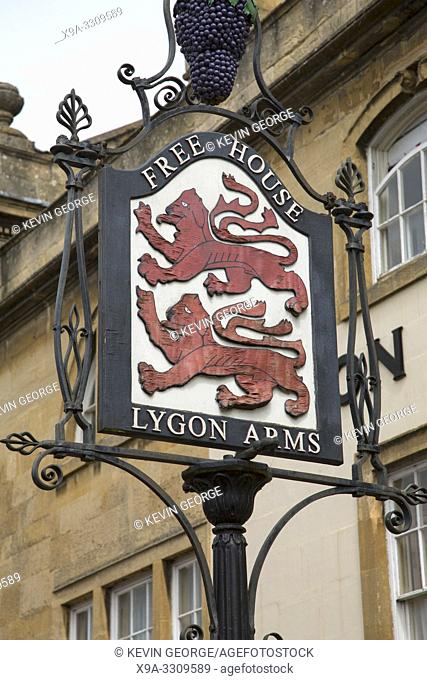 Lygon Arms Pub Sign, Chipping Campden, Cotswolds, Gloucestershire, England