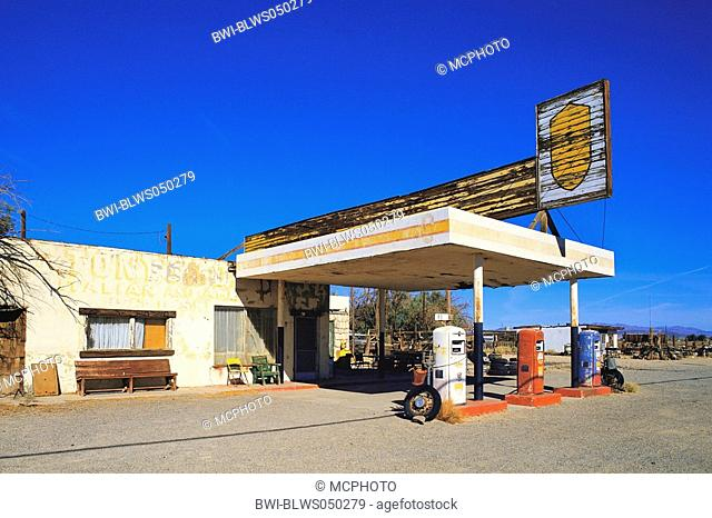 abandoned gas station at Route 66, USA, California