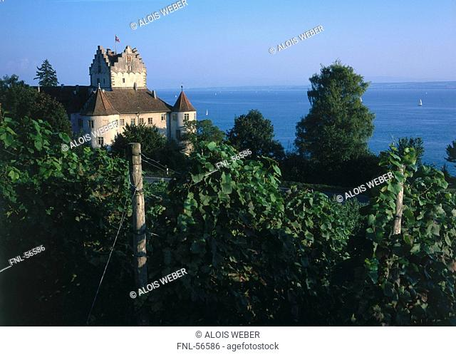 Old castle on lakeside, Meersburg, Lake Constance, Baden-Wurttemberg, Germany