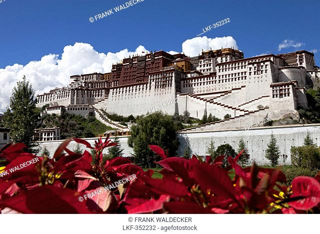 Potala Palace, residence and government seat of the Dalai Lamas in Lhasa, Tibet Autonomous Region, People's Republic of China