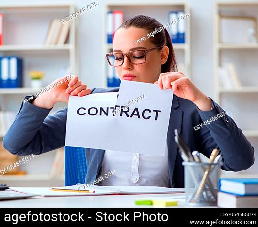 The businesswoman tearing apart her contract