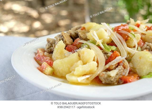 Ensalada pagesa de Formentera, restaurante Es Codol Foradat, Beach Club, Formentera, Balearic Islands, Spain