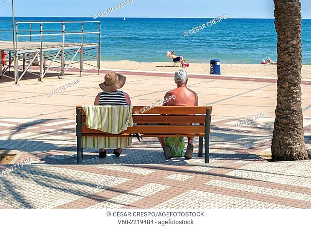 -Cople looking the sea- Cambrils Spain