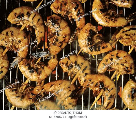Steaming Skewered Shrimp on the Grill