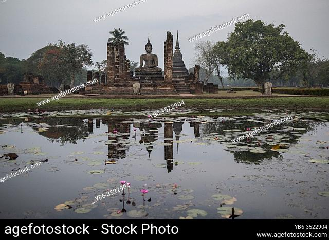 Wat Mahatat temple , Sukhothai Historical Park, Sukhothai, Thailand