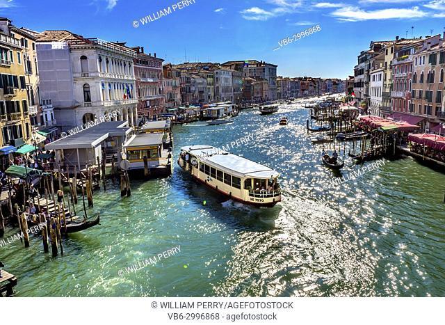 Colorful Grand Canal Public Ferries Vaporetto Ferry Docks Gondola From Rialto Bridge Tourists Grand Canal Venice Italy