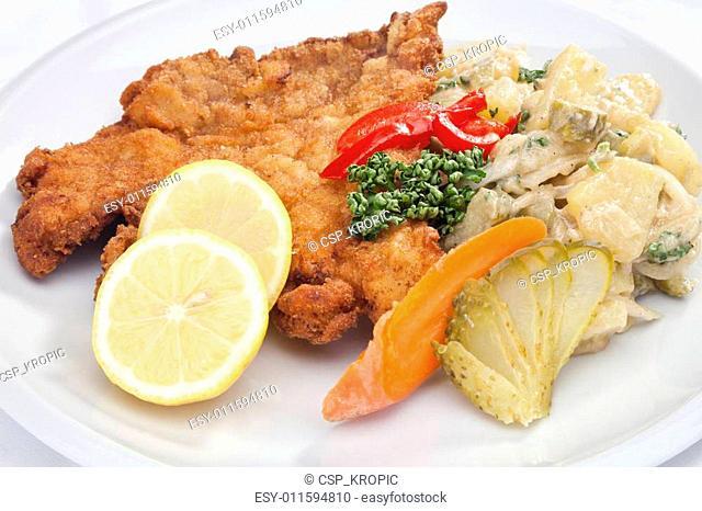 Vienna schnitzel with vegetables